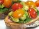 アボカドとトマトのオープンサンド